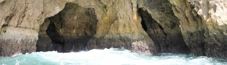 cropped-grotten-tour-bij-portimao-vakantie-algarve-portugal-img_8715.jpg
