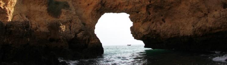 cropped-grotten-tour-bij-portimao-vakantie-algarve-portugal-img_8724.jpg