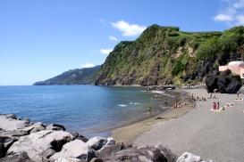 Praia_da_Povoação,_Povoação,_ilha_de_São_Miguel azoren vakantie