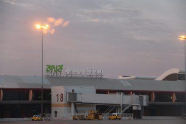 vakantie algarve portugal -Faro airport vliegveld IMG_8999