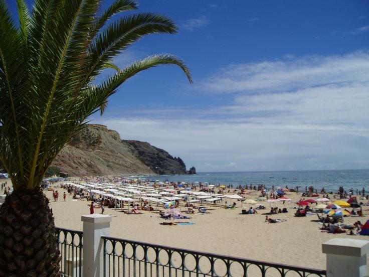 praia-da-luz-algarve-vakantie-strand-2.jpg