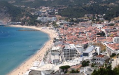 sesimbra vakantie portugal lissabon strand zon zee