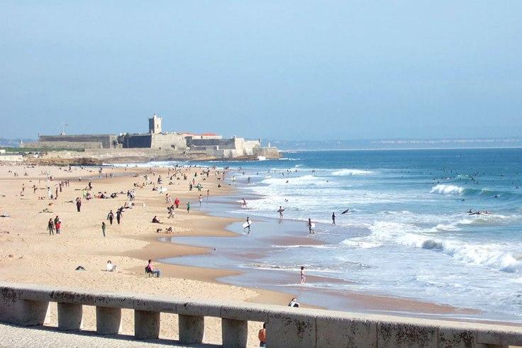 lisbon-praia-de-carcavelos-mooi strand vlakbij Lissabon