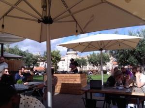 bar in het stadspark BASE