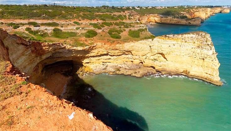 praia da infanta vlakbij Ferragudo, ideaal om te snorkelen of te duiken 002