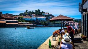 porto kade terras met uitzicht op port makers fabrieken