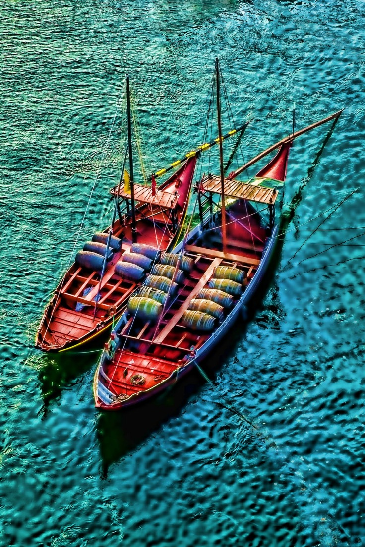 vissersbootjes op rivier douro porto