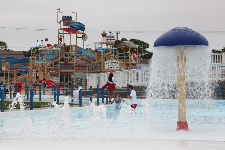 waterpark Portugal aquapark met glijbanen 74444446 123